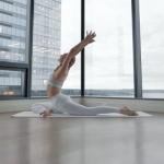 brett-larkin-yoga